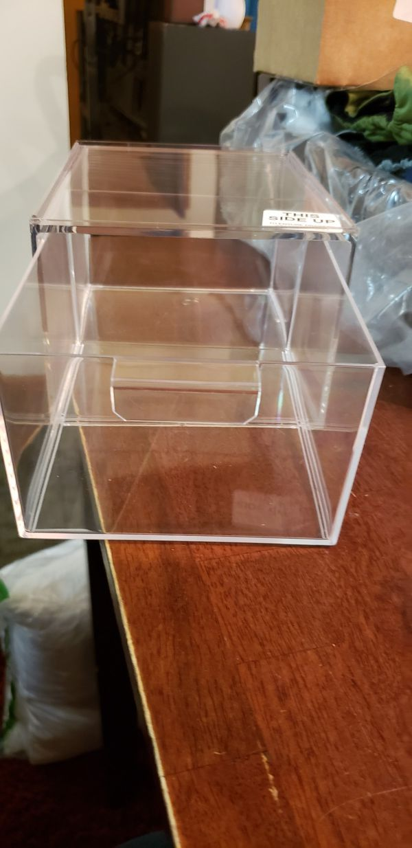 Clear storage cubes