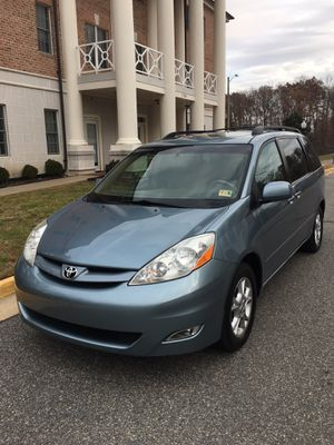 2006 Toyota Sienna EXL TVDVD MINIVAN for Sale in Woodbridge, VA