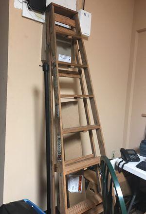 8' Wood Ladder, Davidson for Sale in Orlando, FL