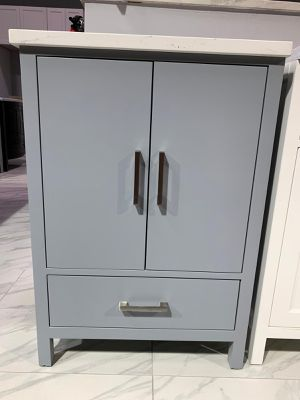 "24"" Single Sink Bathroom Vanity Cabinet Gray With 3 Cm Fabricated Quartz Top for Sale in Fairfax, VA"