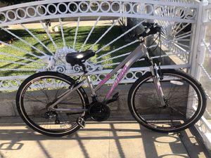 Schwinn Trailway Mountain Bike for Sale in East Los Angeles, CA