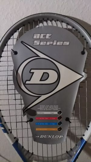 Tennis racket Dunlop ace series for Sale in Fresno, CA