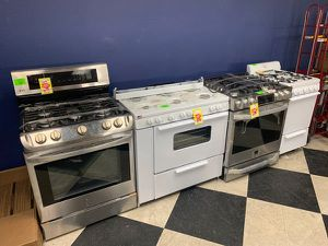 GAS STOVE LIQUIDATION SALE LG/Premier/HOLIDAY 1S for Sale in Los Angeles, CA