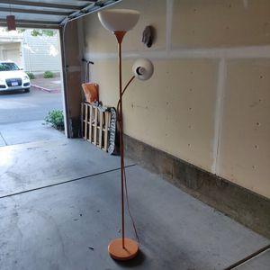 Floor lamp for Sale in Danville, CA