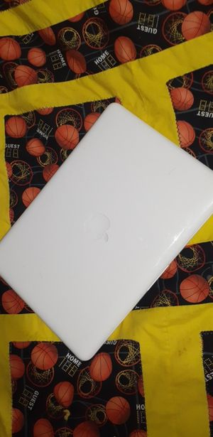 Apple macbook for Sale in Española, NM