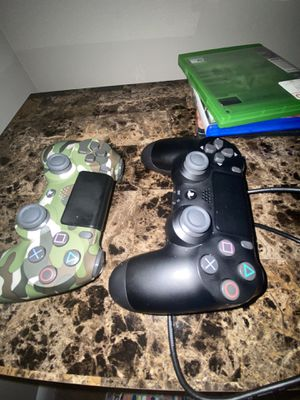 PS4 PRO Comes with 2k20 Madden 20 GTA V and two controllers for Sale in Riverdale, GA