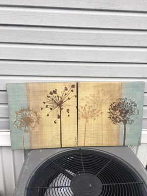 2 decorative canvas for Sale in Jessup, MD
