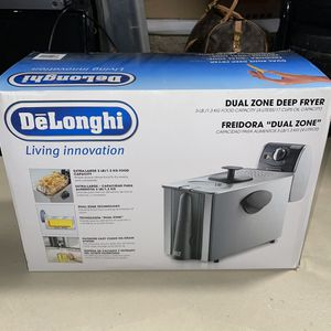 Delonghi Deep Fryer NEW DUAL ZONE for Sale in South Hadley, MA