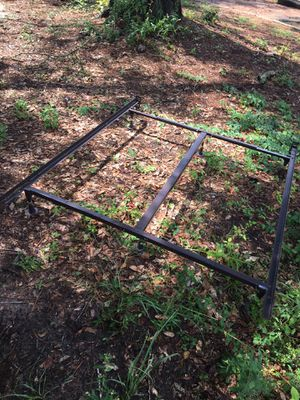Bed frame for Sale in Tallahassee, FL