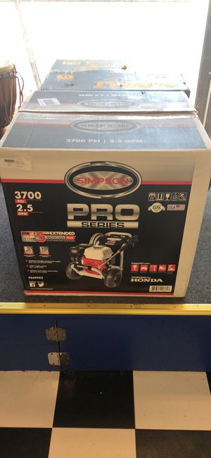 Simpson 3700 Pressure Washer 2.5gpm M#PS60982 for Sale in Lawrence, MA