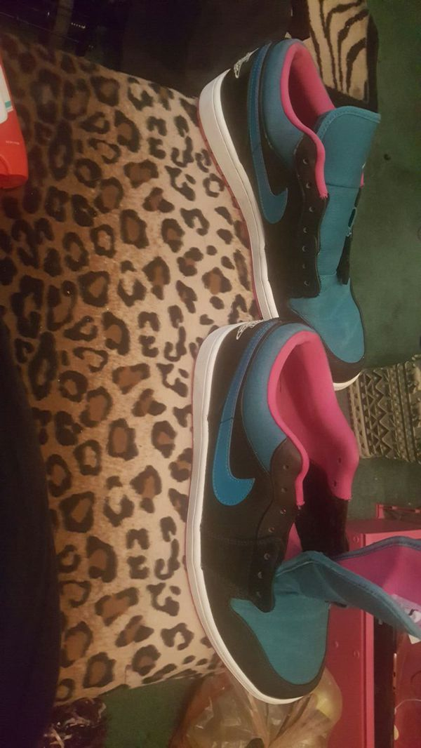 New Nike Jordan's never worn size 11 mens