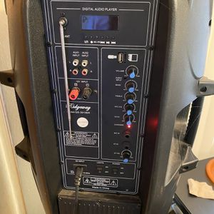 Rideway Speaker- QS-3715BR Bluetooth for Sale in San Diego, CA