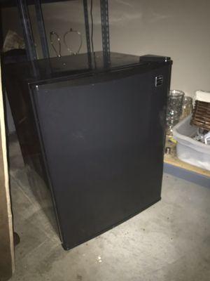 "Small refrigerator approx 24.5"""" tall x 18.5"" wide x 17.5"" depth for Sale in Auburn, WA"