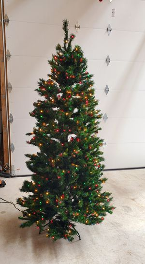 Christmas Tree - 7 1/2 ft. for Sale in Williamsburg, MI