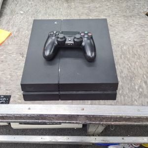 Ps4 500gb With Controller / Remote for Sale in Fort Lauderdale, FL