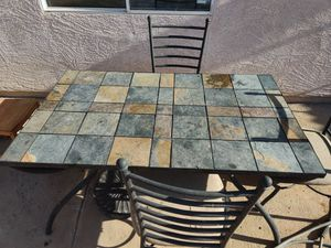 Table and chairs for Sale in El Mirage, AZ