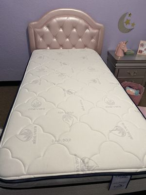 Twin bed for Sale in Sebring, FL