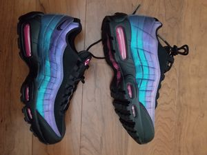 Nike air max 95 mens shoes size 9 for Sale in Laurel, MD