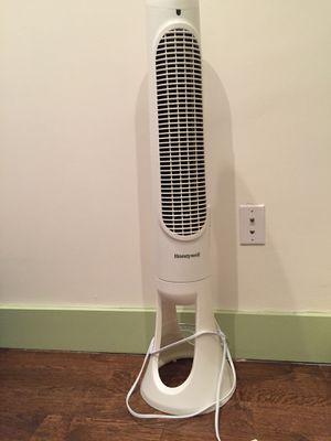 Honeywell Tower Fan for Sale in Brooklyn, NY