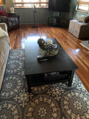Black coffee table for Sale in Uniontown, PA