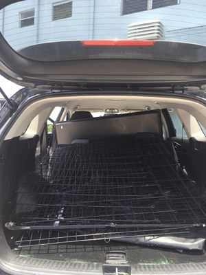 52 inch dog crate from chewy XX-large negotiable,and I have pictures of it built for Sale in North Miami, FL