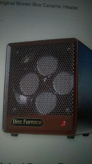 Heatbox ceramic heater,fan forced,really produces heat. for Sale in Saint CLR SHORES, MI