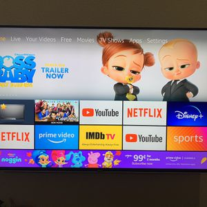 70 inch 4K Vizio LED TV-with Alexa, Google assistant-Excellent condition for Sale in McKinney, TX