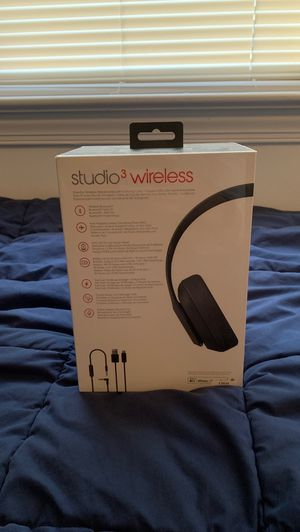 Beats by Dr. Dre Studio3 Wireless Over the Ear Headphones for Sale in Arlington, VA