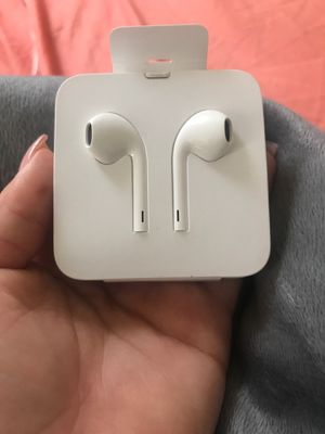 Apple head phones for Sale in Monaca, PA