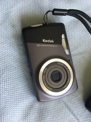 Kodak easyshare m530 digital camera with charger and case for Sale in Fort Myers, FL
