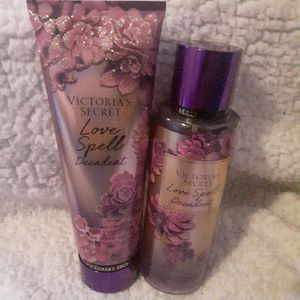 Perfume and Lotion Set for Sale in Rochester, NY