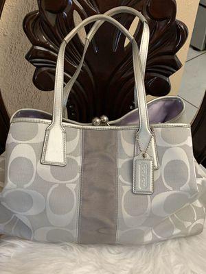 Beautiful coach purse like new for Sale in Hialeah, FL