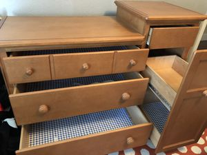 Ragazzi Crib and Matching Dresser for Sale in Auberry, CA