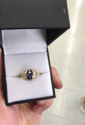 Fcp2344 ladies 10k gold ring for Sale in Houston, TX