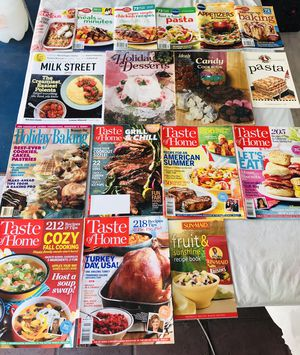 20 recipe/crafts/cooking holiday magazines & JLo book bundle for Sale in Lynwood, CA