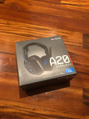 ASTRO A20 Wireless Gaming Headphones for PS4 for Sale in Byron, CA