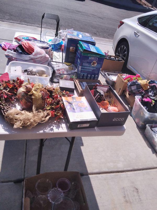 stuff for sale in Irvine Saturday 24