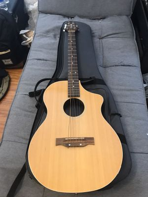 Line 6 Variax 700 electric acoustic retail 700$ for Sale in Houston, TX