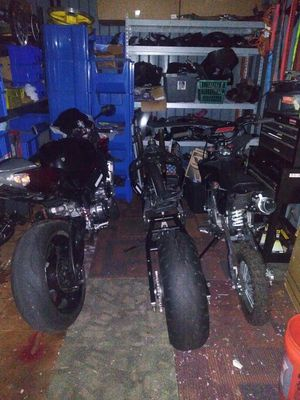 0506 gsxr 1000 parts some parts will fit other years the dirt bikes not for sale for Sale in MONTGOMRY VLG, MD