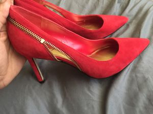 Size 7 1/2 red heels 👠 for Sale in Hollywood, FL