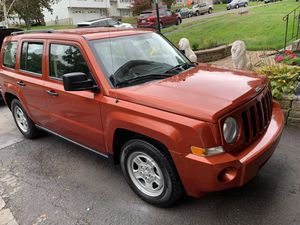 2008 Jeep Patriot 5 Speed Manual Mint Condition for Sale in Meriden, CT