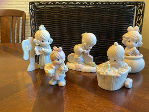 Precious Moments 5pcs for Sale in Seaford, NY