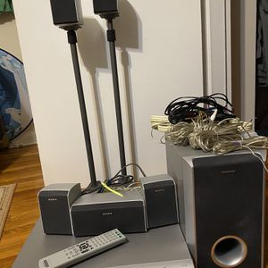 Sony 5 Disc CD/DVD Home Theater System for Sale in Alexandria, VA