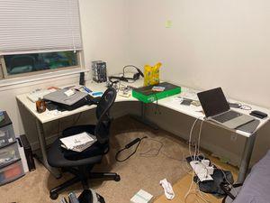 IKEA Gallant desk, good condition for Sale in Austin, TX