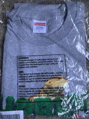Supreme T shirt for Sale in Sioux Falls, SD