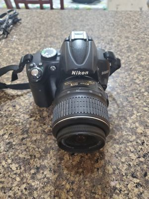 Nikon D5000 for Sale in Victorville, CA