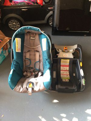 Chico Key Fit 30 car seat and base for Sale in Pittsburgh, PA