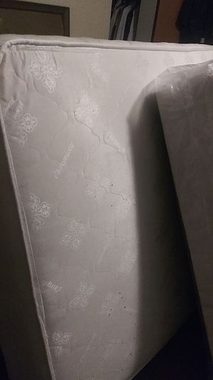 Classic collection full size mattress set no frame for Sale in Romulus, MI
