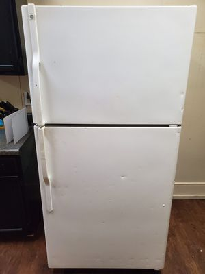 GE Refrigerator for Sale in Reading, PA