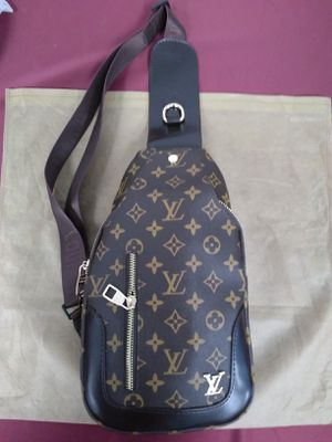 Cross body bag for Sale in Tempe, AZ